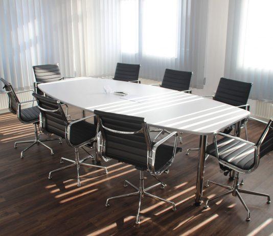 Ergonomiske kontormøbler: skab det bedste arbejdsmiljø