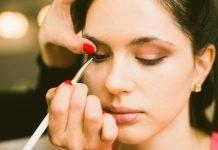 Sådan giver du din makeup nyt liv